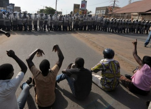 2-Polizeieinsatz 7-03-10 in Lome, Togo, (c)AFP
