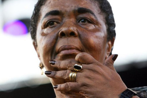 Cesaria Evora au Festival de jazz de Nice le 2 juillet 2006 (Photo AFP-Archives)